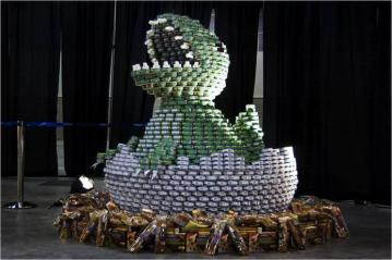 dinosaur_canstruction