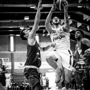 pallacanestro reggiana vs mantova BW-16