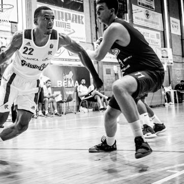 pallacanestro reggiana vs mantova BW-22
