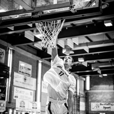 pallacanestro reggiana vs mantova BW-3
