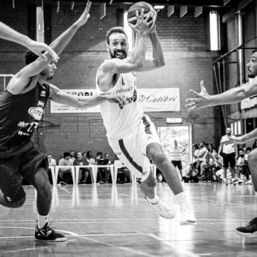 pallacanestro reggiana vs mantova BW-31