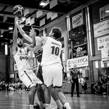 pallacanestro reggiana vs mantova BW-41