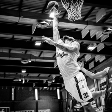pallacanestro reggiana vs mantova BW-47