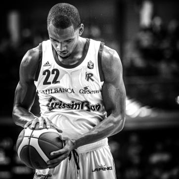 pallacanestro reggiana vs trento silvia casali photography-112