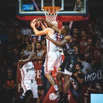 pallacanestro reggiana vs trento silvia casali photography-114
