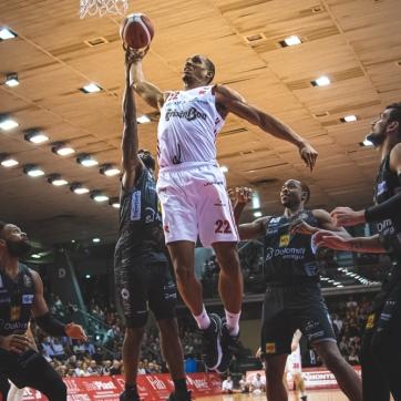 pallacanestro reggiana vs trento silvia casali photography-146