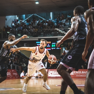 pallacanestro reggiana vs trento silvia casali photography-159