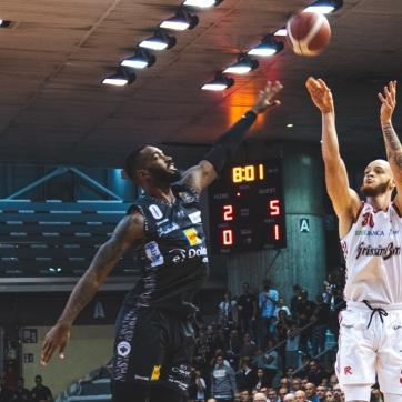 pallacanestro reggiana vs trento silvia casali photography-46