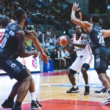 pallacanestro reggiana vs trento silvia casali photography-51