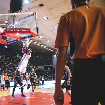 pallacanestro reggiana vs trento silvia casali photography-59