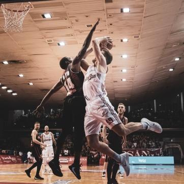 pallacanestro reggiana vs varese silvia casali photography-180