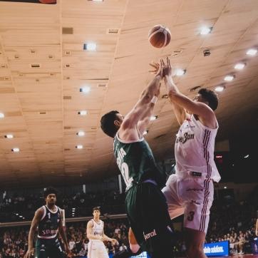 pallacanestro reggiana vs cantu silvia casali photo (146 di 213)