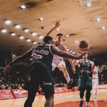 pallacanestro reggiana vs cantu silvia casali photo (177 di 213)