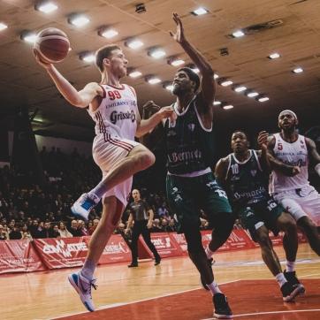 pallacanestro reggiana vs cantu silvia casali photo (184 di 213)