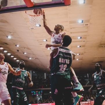 pallacanestro reggiana vs cantu silvia casali photo (70 di 213)