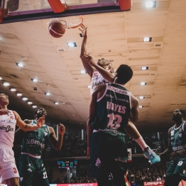pallacanestro reggiana vs cantu silvia casali photo (71 di 213)
