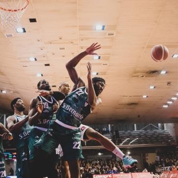 pallacanestro reggiana vs cantu silvia casali photo (73 di 213)