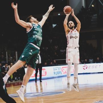 pallacanestro reggiana vs cantu silvia casali photo (83 di 213)